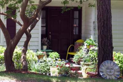 Avent West - Porch with Flowers