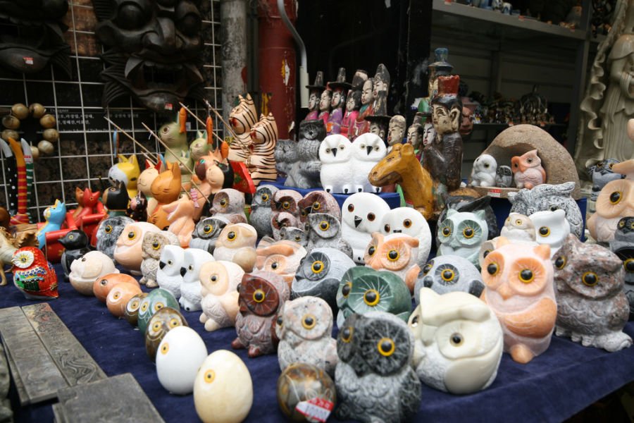 Owl figurines. IMG_1659 / http://creativecommons.org/licenses/by-nd/2.0/