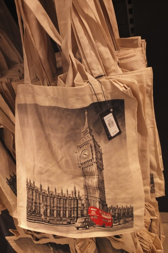 cheap ig ben telephone box gift london primark souvenir tote