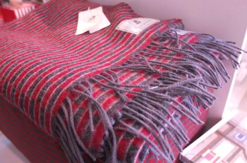 london transport museum gift shop souvenir scarf