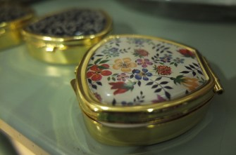 Best souvenir gift Liberty London print compact mirror
