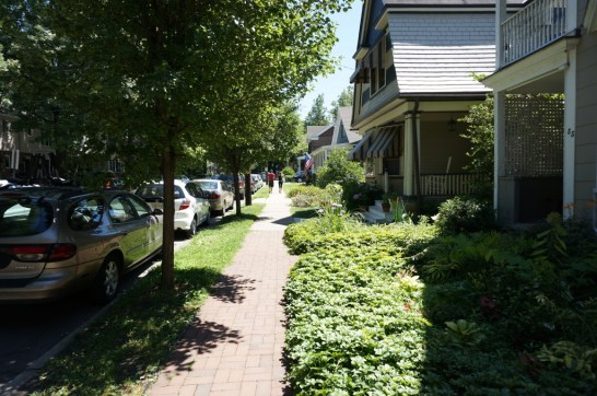 Day trip to Lambertville NJ houses neighborhood