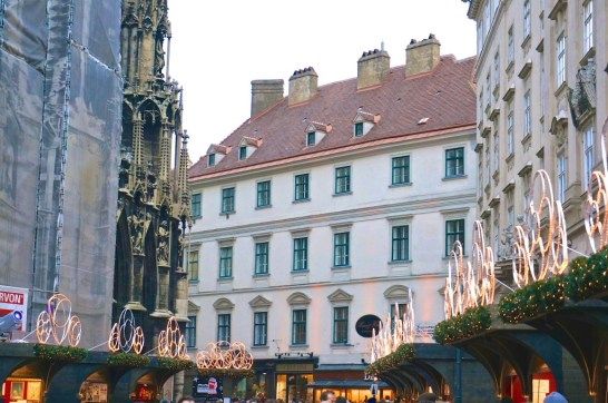 Vienna Austria Stephansplatz christmas market building overview