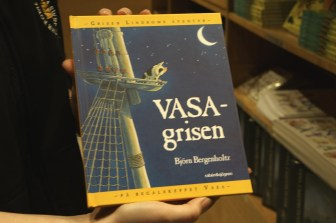 The helpful Vasa gift shop staffer pointed out this book as great children's souvenir.