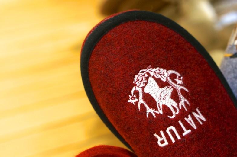 slippers austria warm