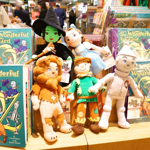 Metropolitan Museum Of Art Gift Shop Souvenirs NYC New York Toys Wizard Oz