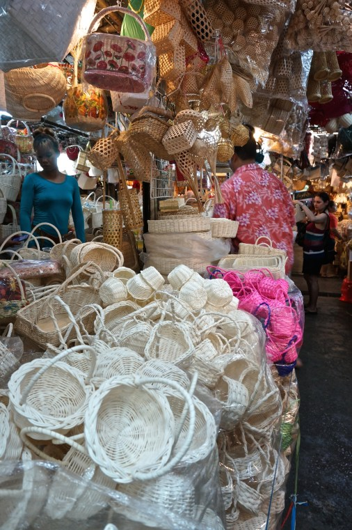 shopping chatuchak souvenirs bangkok