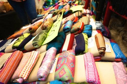 Best Thai Souvenirs Shopping Bangkok Jj Chatuchak Market Bargain Gifts