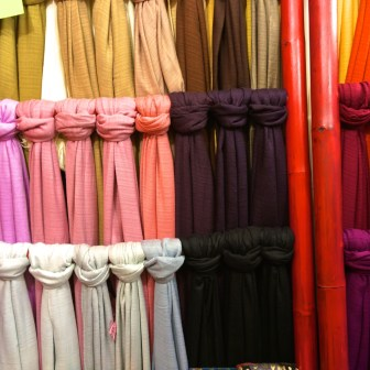 Best Thai Souvenirs Shopping Bangkok Jj Chatuchak Market Scarves Cheap