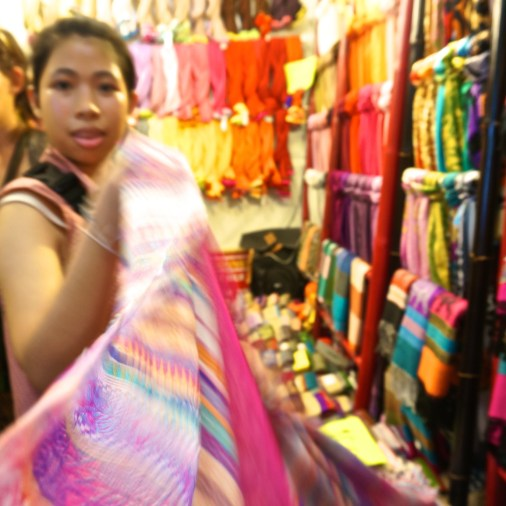 Best Thai Souvenirs Shopping Bangkok Jj Chatuchak Market Vendor Selling Scarves