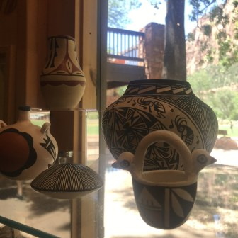 pottery at Zion National Park.souvenirs crafts indian