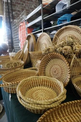 sweetgrass baskets city market charleston south carolina
