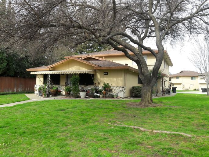 roseville greens macario townhouse
