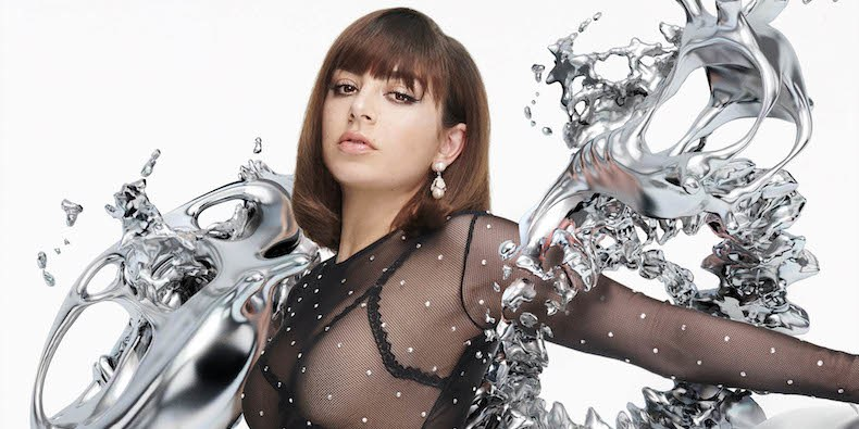 Charli-XCX-5-in-the-Morning