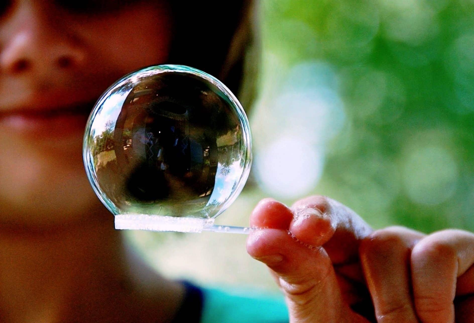 家里的肥皂泡的食谱|如何在家里制作肥皂泡