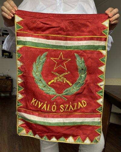 Drapeau Hongrie – Pacte de Varsovie – Velours – Kalashnikov