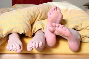 feet-684682_1280