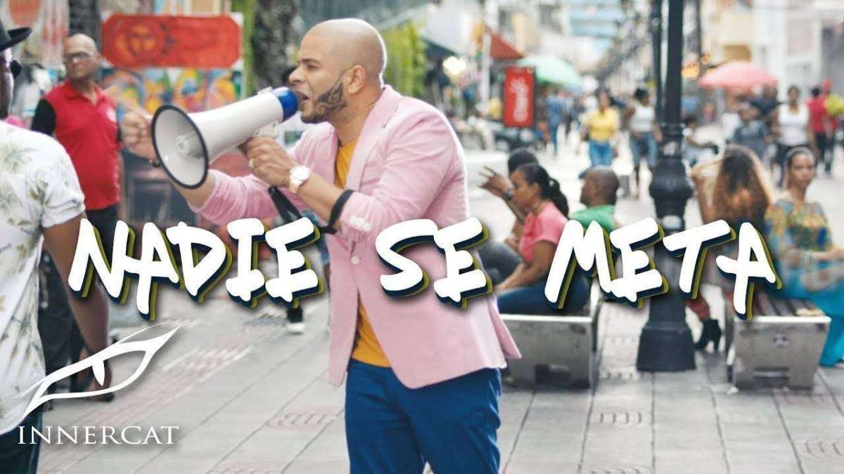 Ala Jaza - Nadie Se Meta (Official Music Video)