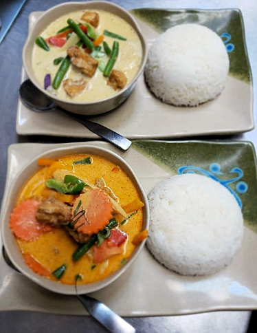 Red Curry and Green Curry Dinner 2019