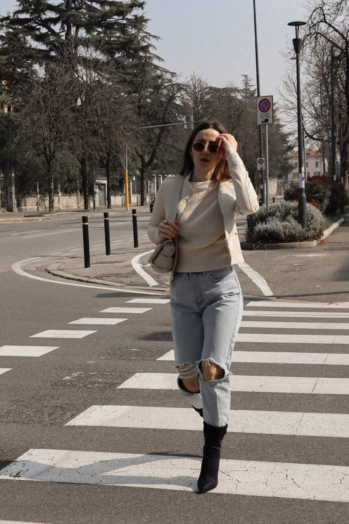 how-to-elevate-a-casual-spring-look-isabell-zanoletti-soybell