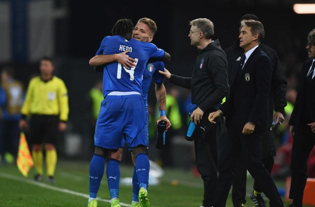 Italia gana en el estreno goleador de Barella y Kean