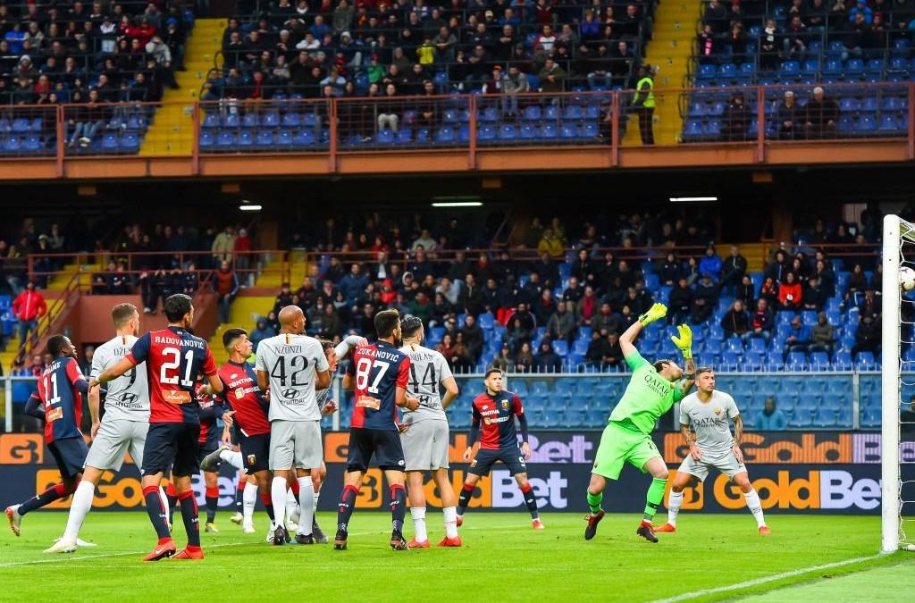 La Roma tropieza en Génova y se complica la Champions
