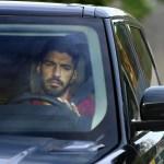 La estafa de Suárez: «Cobra 10 millones al año, no puede suspender»