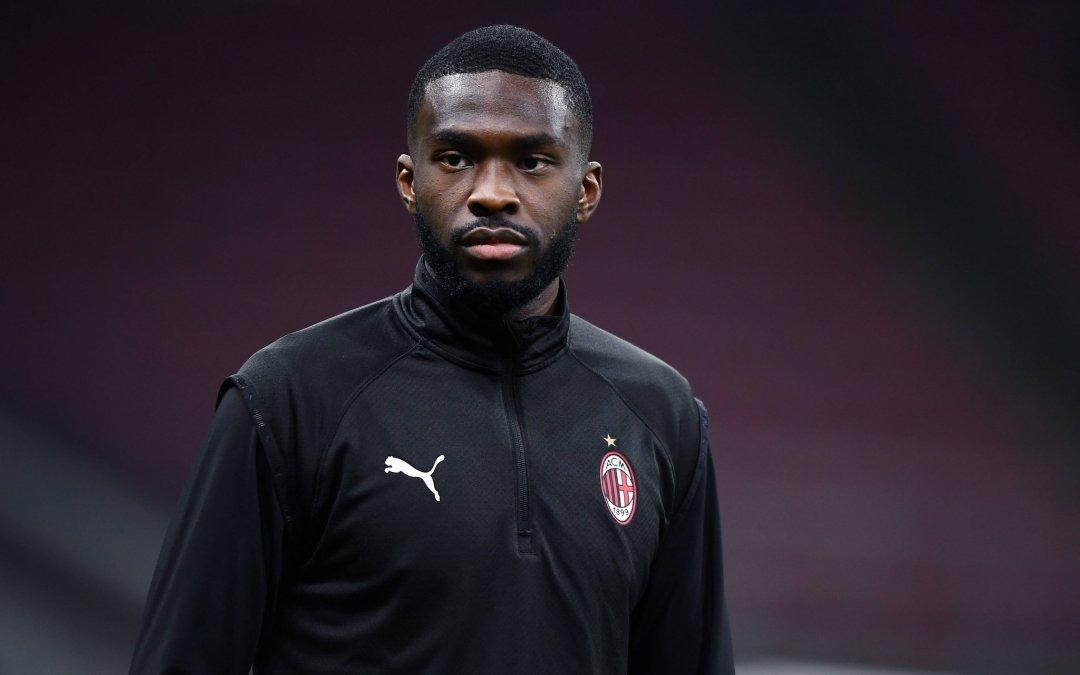 Tomori se presenta con el Milan: «No podía rechazar una oferta así»