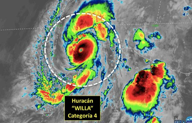 Huracán Willa asciende a categoría 4