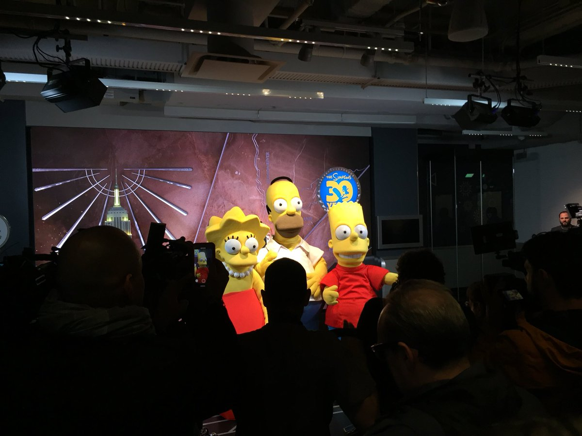 Video: Los Simpson celebran 30 años en el Empire State
