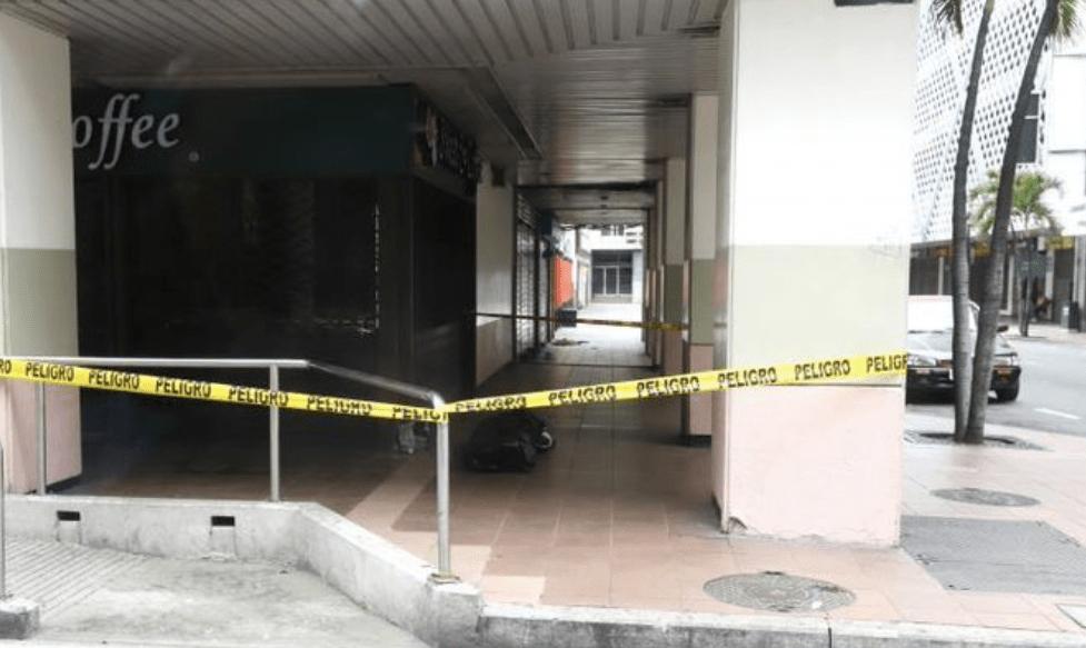 Dejan cadáveres en las calles de Guayaquil por la crisis del coronavirus