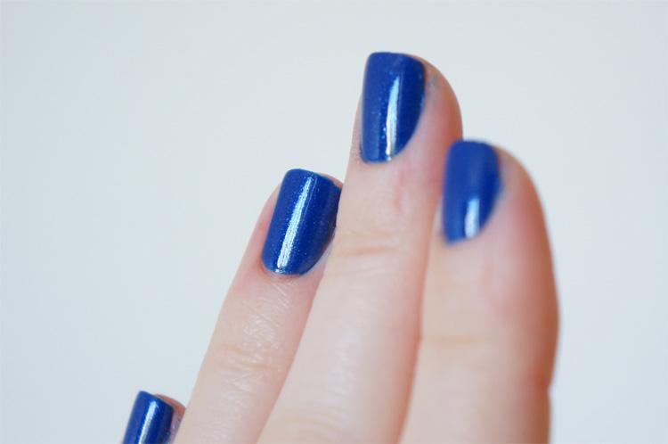 Kiko Sun Pearl Lacquer 429 Blue Spot swatch
