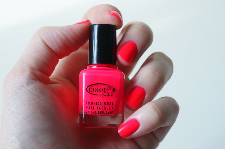 Color Club Youthquake Vernis néon fluo swatch