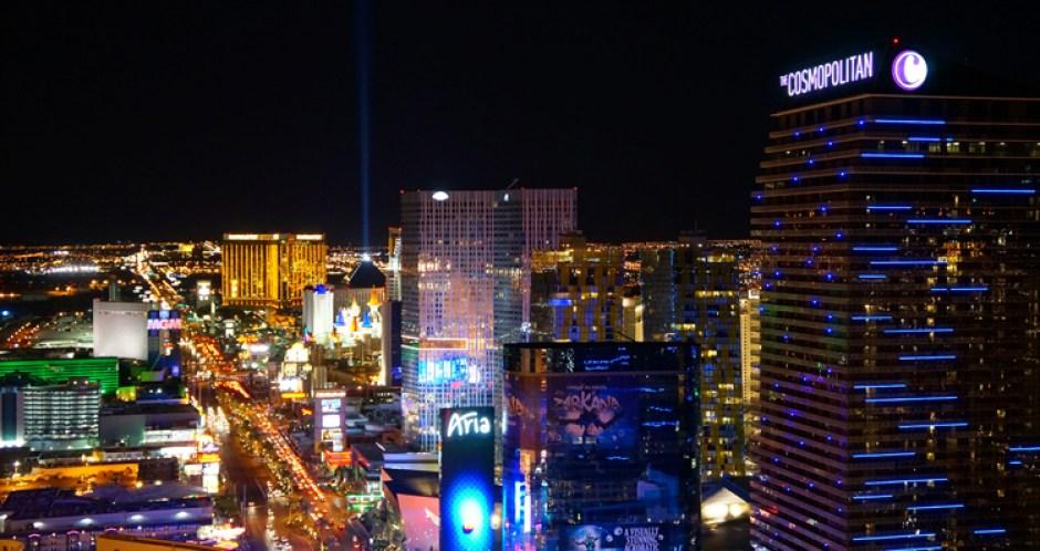 Vegas LV Tour Eiffel Paris Hotel