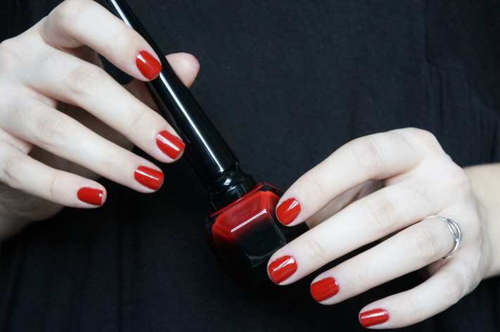 Vernis Rouge Louboutin swatch test avis