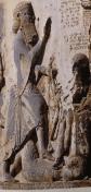 détail de l'inscription de Behistun représentant le grand Roi Darius foulant à ses pieds le mage Gaumata