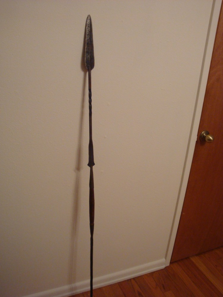 Gave away our 1970's era Cofan blowgun, now who would like to have my Masai spear? (2/4)