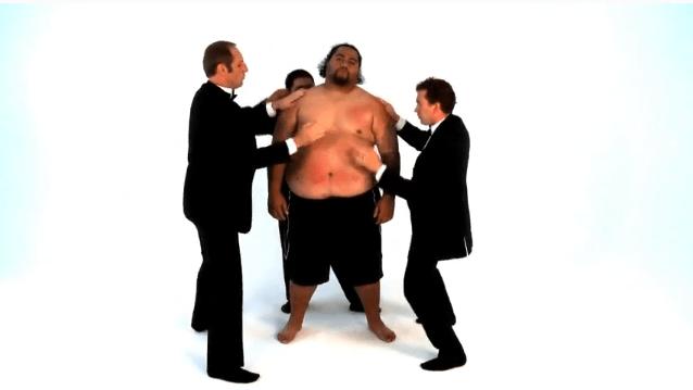 Tocando música con un gordo