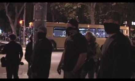 FAIL: Tres policías infiltrados en una manifestación de estudiantes
