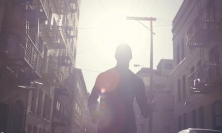 Descubre por qué este hombre corre cada día dos horas