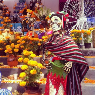 Ofrenda in Paseo de San Francisco