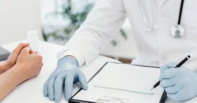 Dr. Romero García, otorrinolaringólogo con más de 29 años de experiencia