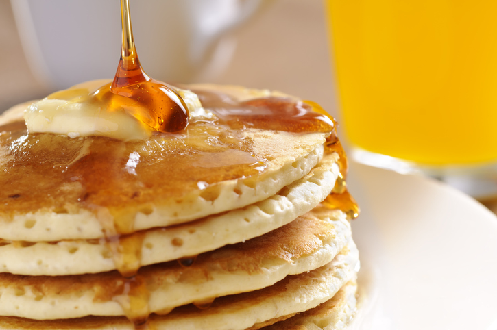 Pancake Commercials Secretly Replace Syrup With Motor Oil, Which Makes Us  Want To Vom