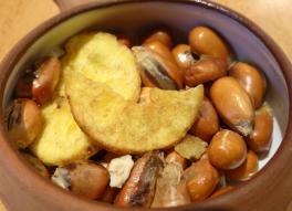 Bananen-Chips und gerösteter Mais (Foto: Peter Jebsen / alle Rechte vorbehalten)