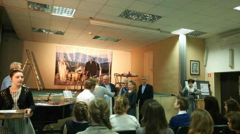 Malwina Kędroń i Wiktor Matuszek dziękują za nagrody