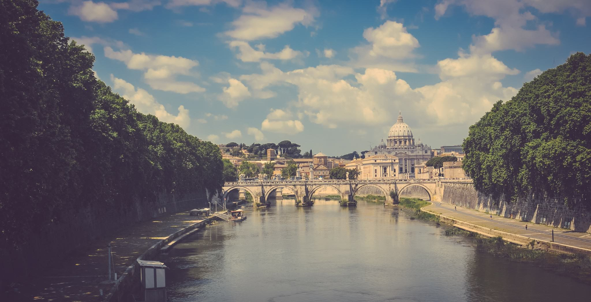 City View Of Rome With River
