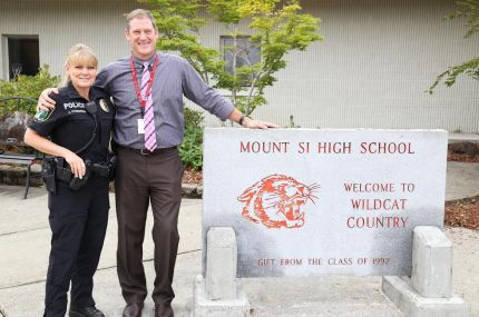 SPD Officer Kim Stonebraker with Mount Si HS Principal, John Belcher