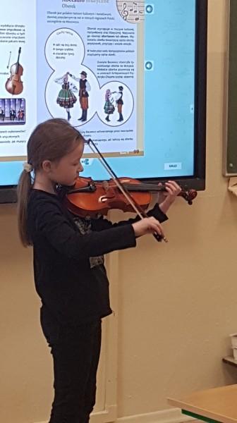 Jak brzmią skrzypce?