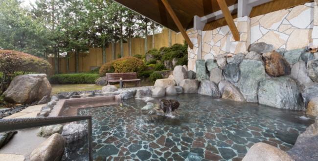 「信州たかもり温泉「御大の館」~南アルプスを望む高台の天然ラドン温泉」のアイキャッチ画像