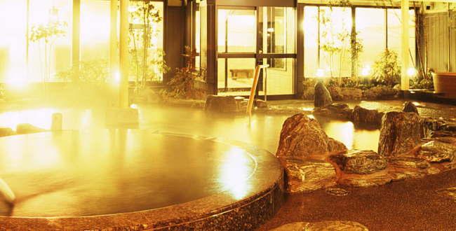 「湯楽の里 下九沢店 高齢者でも安心のアルカリ性源泉掛け流し」のアイキャッチ画像